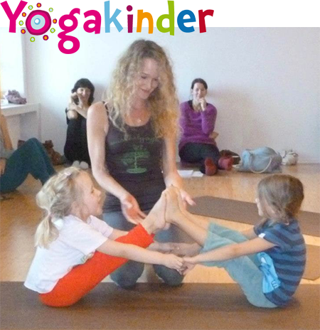 Kidsyoga with Wendy - Boat Pose